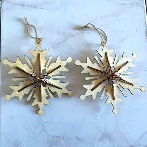 Beautiful wooden snowflake 3D ornaments